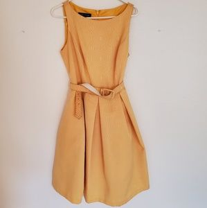 Jones New York Vintage Style Gold Midi Dress